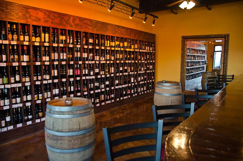 corkscrew wine bar-235